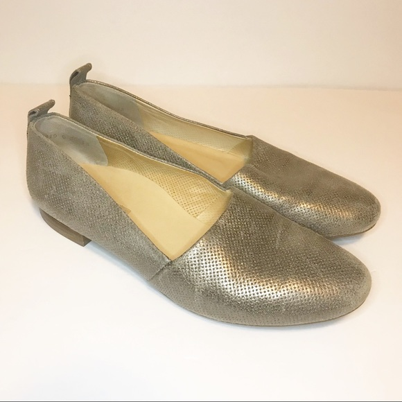 quality design 62afe b634f Paul Green Metallic Gold Leather Loafer Flats